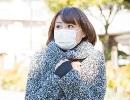 女性 マスク2.jpg