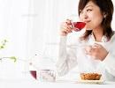 女性 紅茶.jpg