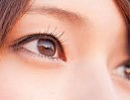 女性 瞳2.jpg