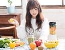 女性 野菜ジュース.jpg